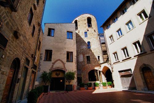 Апрельские деньки во Флоренции хорошо проводить на свежем воздухе