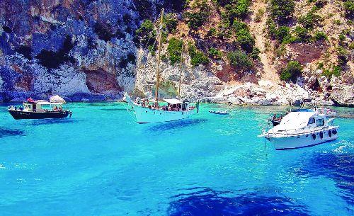 Бирюзовые воды Средиземного моря, Сардиния (май)