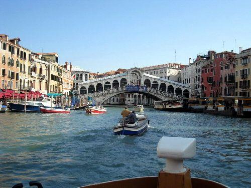 В апреле в Венеции чуть теплее, чем в марте