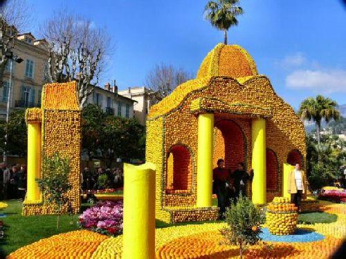 Цитрусовый фестиваль на Сицилии