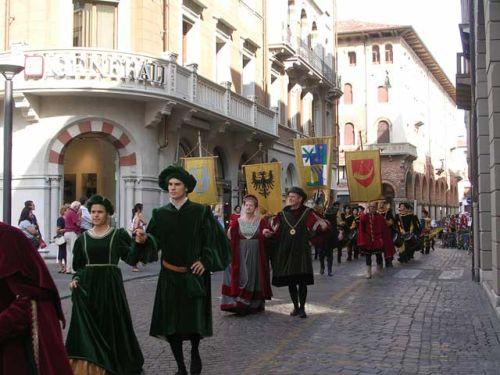 Костюмированное шествие на ''Palio di Feltre''