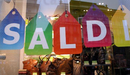 Saldi - по-итальянски значит СКИДКИ!